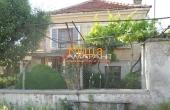 Къща в село Смолник